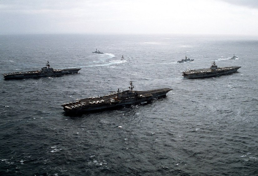 1280px-USS_Midway_(CV-41)_Coral_Sea_(CV-43)_and_Enterprise_(CVN-65)_off_Alaska_1983.JPEG