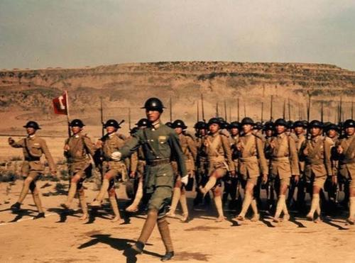 Chinese_army_marching.jpg